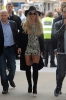 Britney_Spears_-_Arrives_at_BBC_Radio_1_in_London_28_09_2016_12.jpg