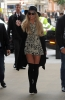 Britney_Spears_-_Arrives_at_BBC_Radio_1_in_London_28_09_2016_17.jpg