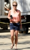 Britney_Spears_-_Leaving_an_office_building_in_Thousand_Oaks_(31).jpg