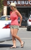 Britney_Spears_-_grabbing_a_coffee_at_Starbucks_in_Westlake_Village_007.jpg