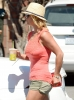 Britney_Spears_-_grabbing_a_coffee_at_Starbucks_in_Westlake_Village_009.JPG