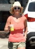 Britney_Spears_-_grabbing_a_coffee_at_Starbucks_in_Westlake_Village_017.JPG