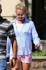 Britney_Spears_-_was_out_shopping_in_West_Hills_31_07_2016_15.jpg