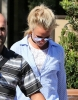 Britney_Spears_-_was_out_shopping_in_West_Hills_31_07_2016_16.jpg