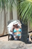 Britney_Spears_-_wearing_a_bikini_at_a_pool_in_Hawaii_005.jpg