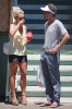 Britney_Spears_Eating_a_Snow_Cone_in_Lahaina_August_30_2010_07.jpg