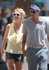 Britney_Spears_Eating_a_Snow_Cone_in_Lahaina_August_30_2010_10.jpg