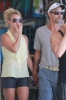 Britney_Spears_Eating_a_Snow_Cone_in_Lahaina_August_30_2010_13.jpg