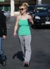 Spears_Britney_Starbucks_Jan28_(30).jpg