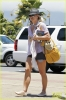 britney-spears-leaving-hawaii-02.jpeg