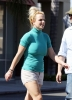 britney_spears_old_navy_shopper_(15).jpg