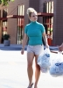 britney_spears_old_navy_shopper_(41).jpg