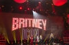 April_29_-_Britney_At_The_2017_Radio_Disney_Music_Awards_-_On_Stage-19.jpg