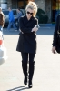 britney-spears-out-shopping-in-calabasas-12-17-2015_18.jpg
