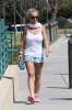 britney-spears-while-arriving-for-her-daily-workout-in-calabasas_0004-0.jpg