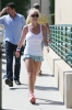 britney-spears-while-arriving-for-her-daily-workout-in-calabasas_0004.jpg