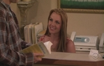 Britney_Spears_-_How_I_Met_Your_Mother_(S03E11)_-_BNOW[(013744)02-50-47].JPG