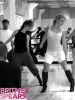 gallery_enlarged-britney-spears-dance-practice-102908-05.jpg