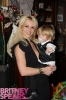 gallery_enlarged-britney-spears-jayden.jpg